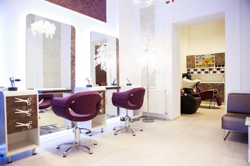 For Sale Salon De Infrumusetare Lux Ultracentral Vind Anuntulro